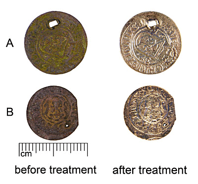 Electrolytic cleaning of group A (AI 7069:3) and B (HRP:103) coins in sodium carbonate solution.